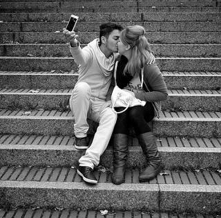 Sexting: el delito que sanciona difundir imágenes eróticas